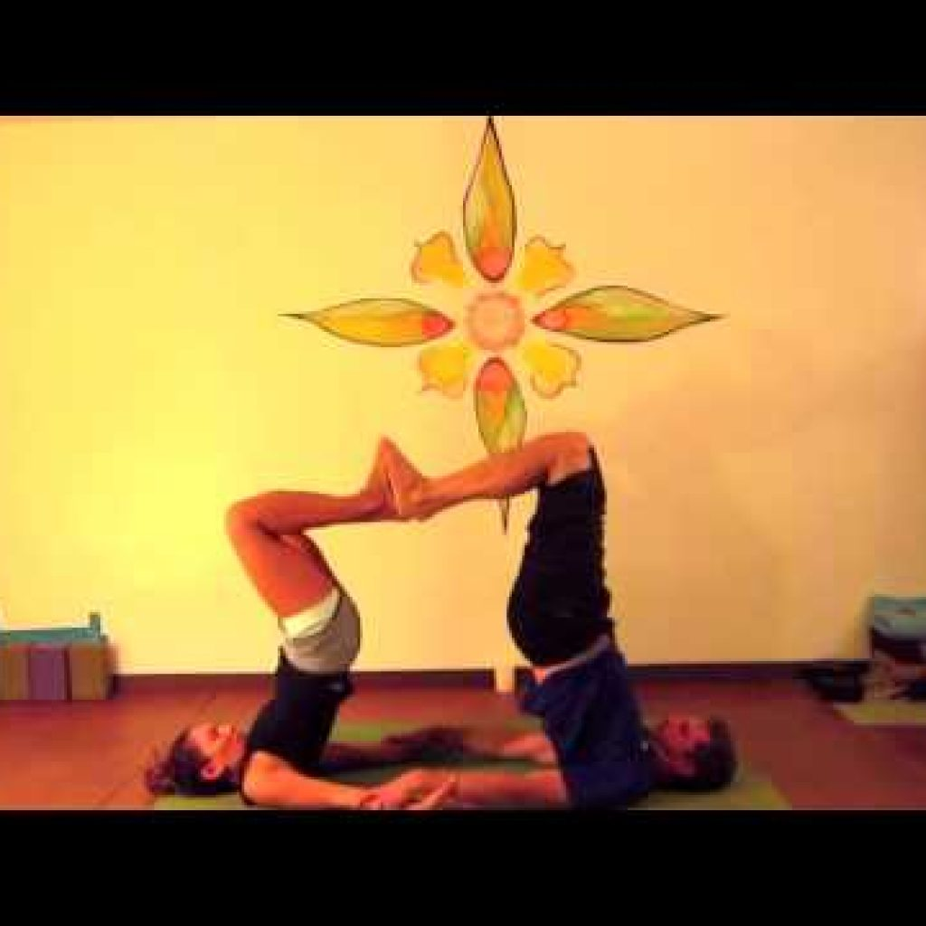Valentine's Day Partner Yoga Inch along with the movement (~8 min)